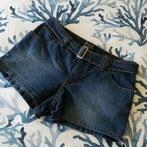 No Boundaries stretch jean shorts sz 11jr